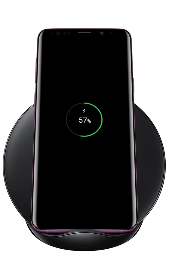 Galaxy S9+ som lades på Wireless Charging Stand i fargen svart